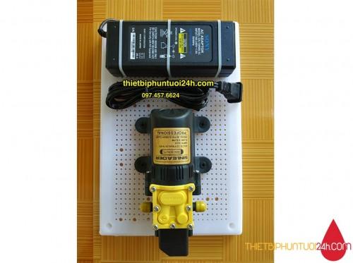 Combo máy bơm tăng áp 12v  Sinleader mini đơn kèm nguồn chuyển ráp sẵn trên bảng điện